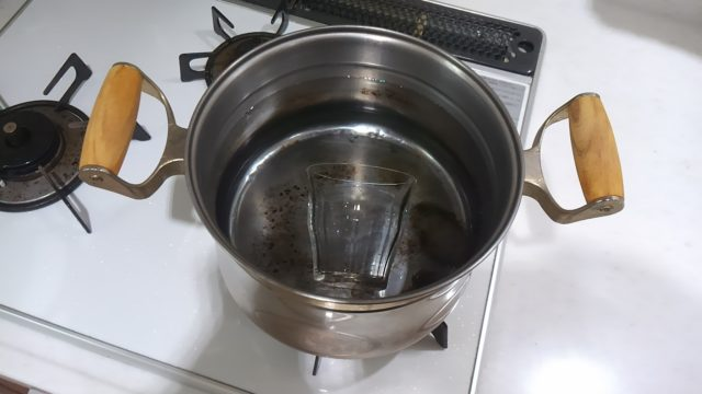 ガラスのコップの臭いをとる煮沸消毒