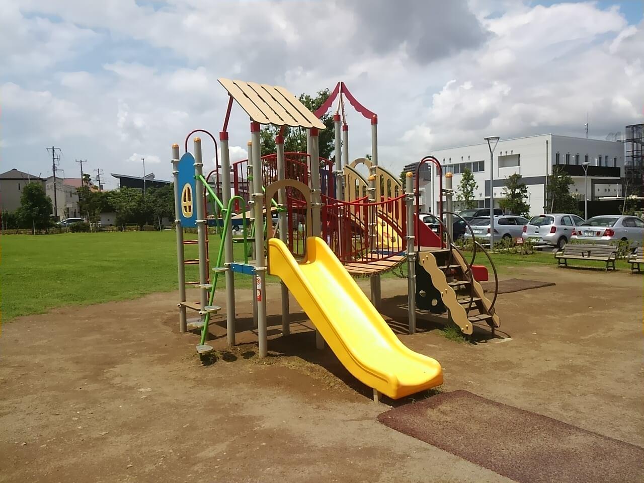 谷津奏の杜公園の駐車場・アクセス