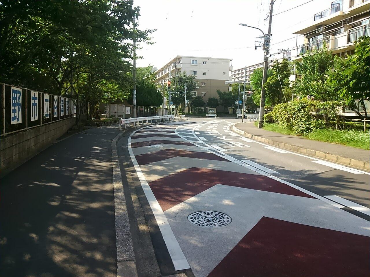 谷津バラ園へのバス停からの行き方
