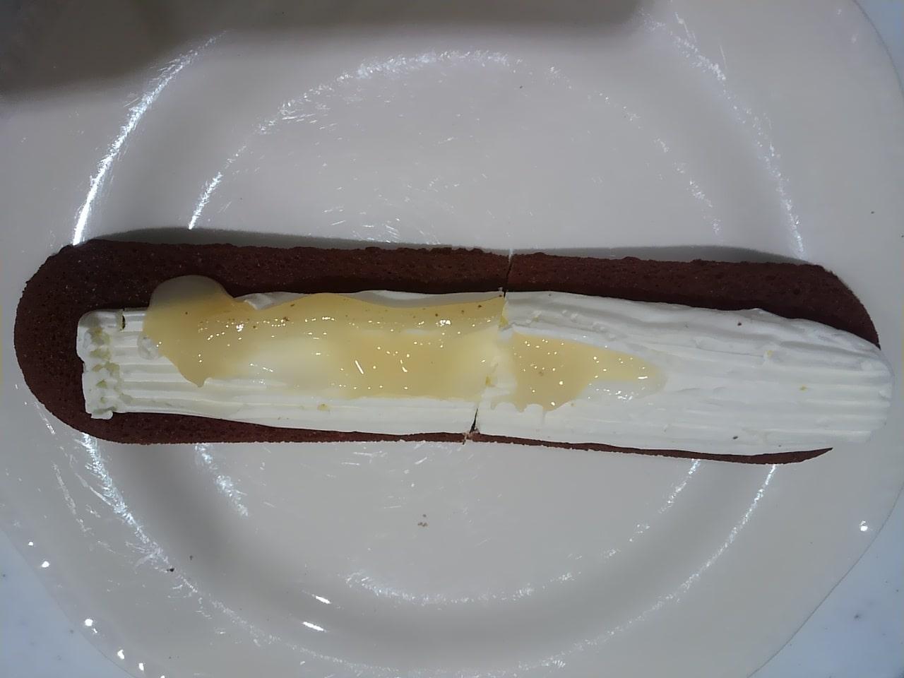 ファミマのパキッと食感の板チョコ&クッキーサンドの感想